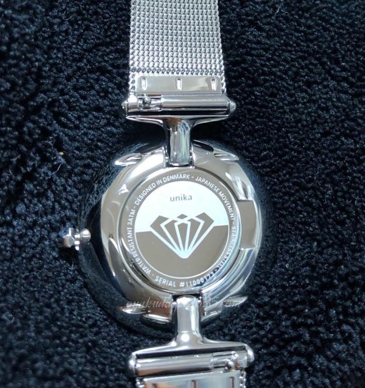 ユニカの腕時計